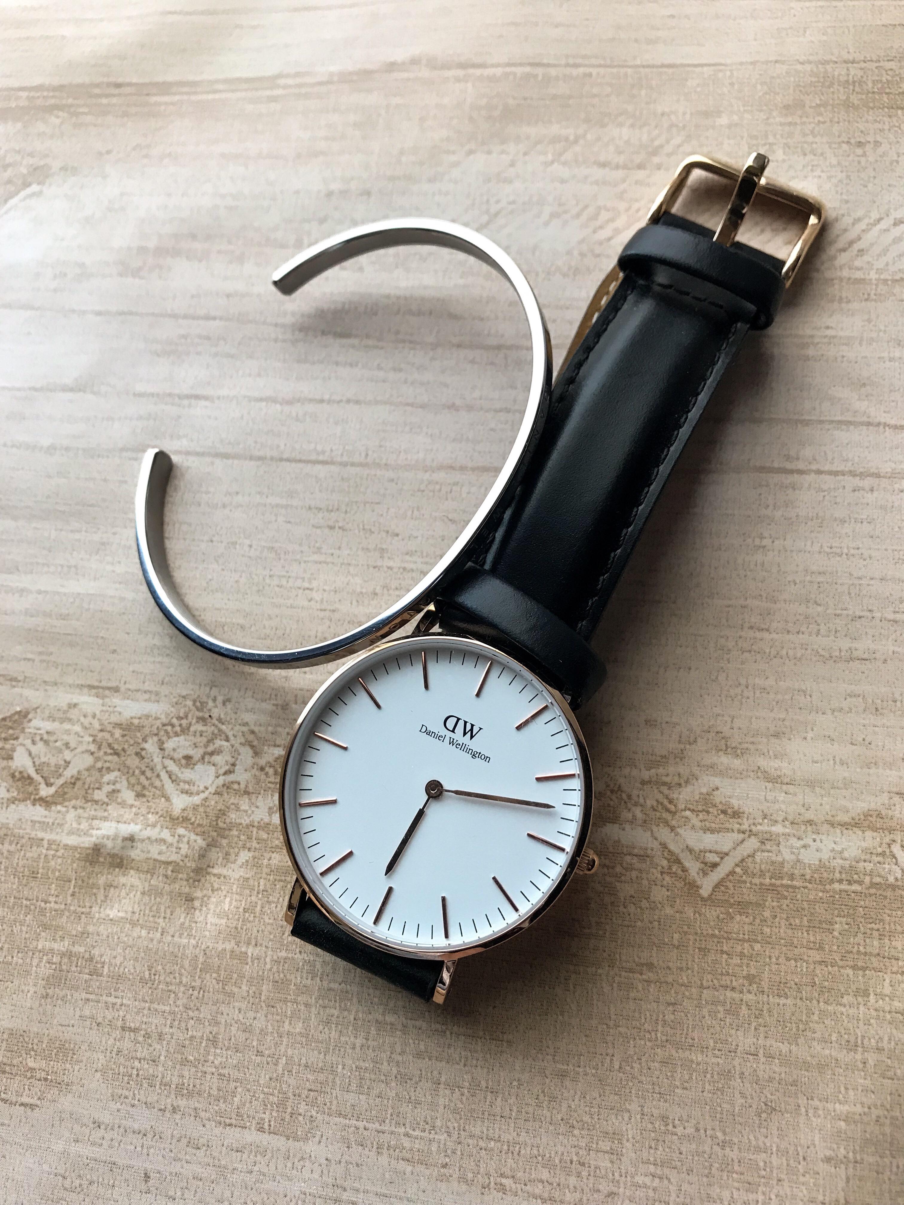 ダニエルウェリントン 時計 コーデ
