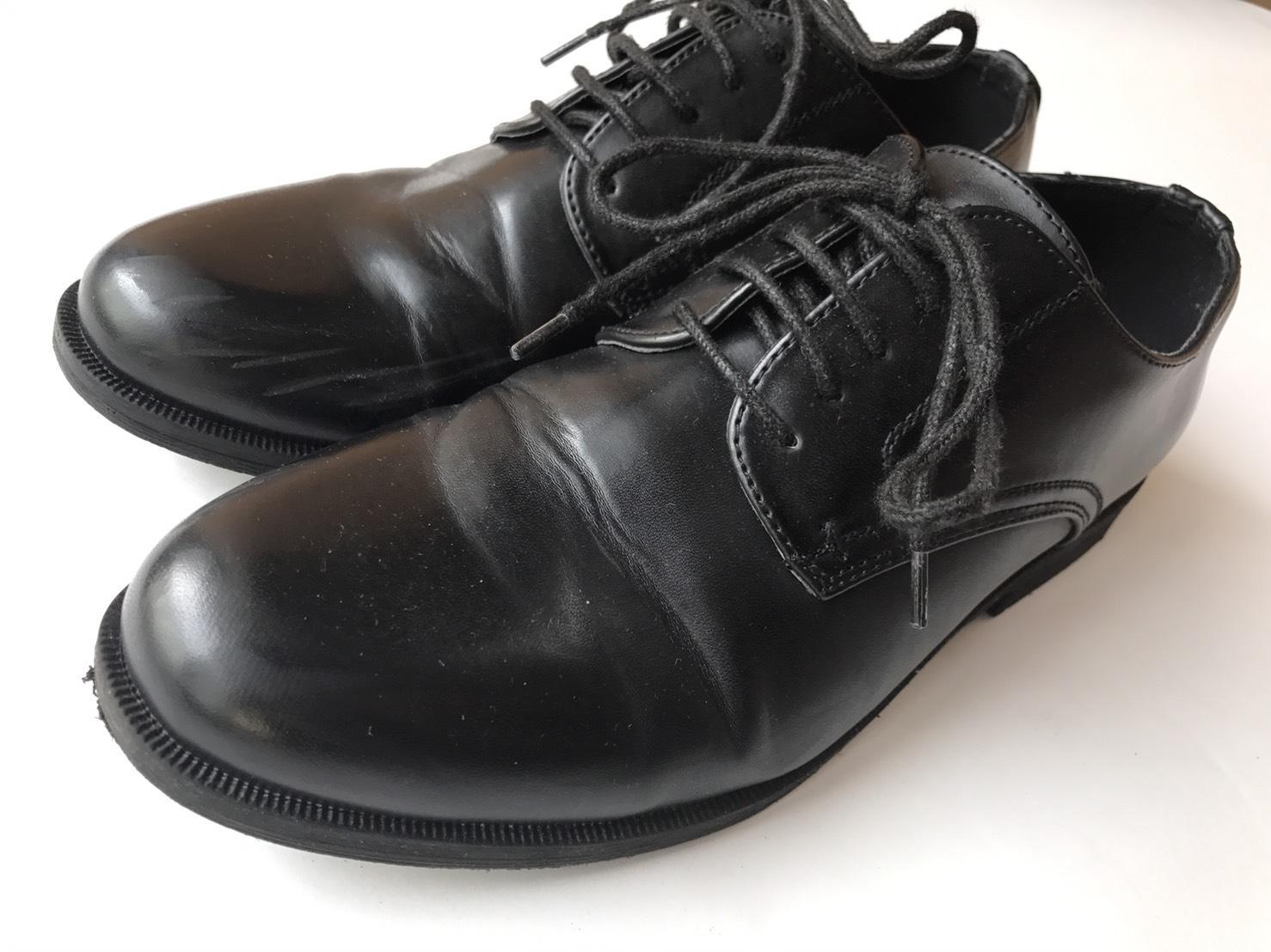 GU「ダービーシューズ」は革靴好きも認めるシルエット!2万円の革靴に見せる裏技も