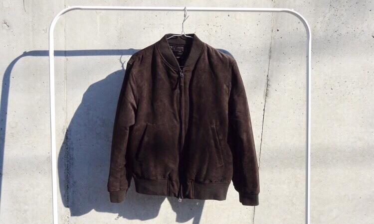 68445cbbbd66 程よい起毛感が素材の表情を出すので、ベロア・ボアよりもオシャレ着として取り入れやすいアイテムです。色はダークブラウンがオススメ。
