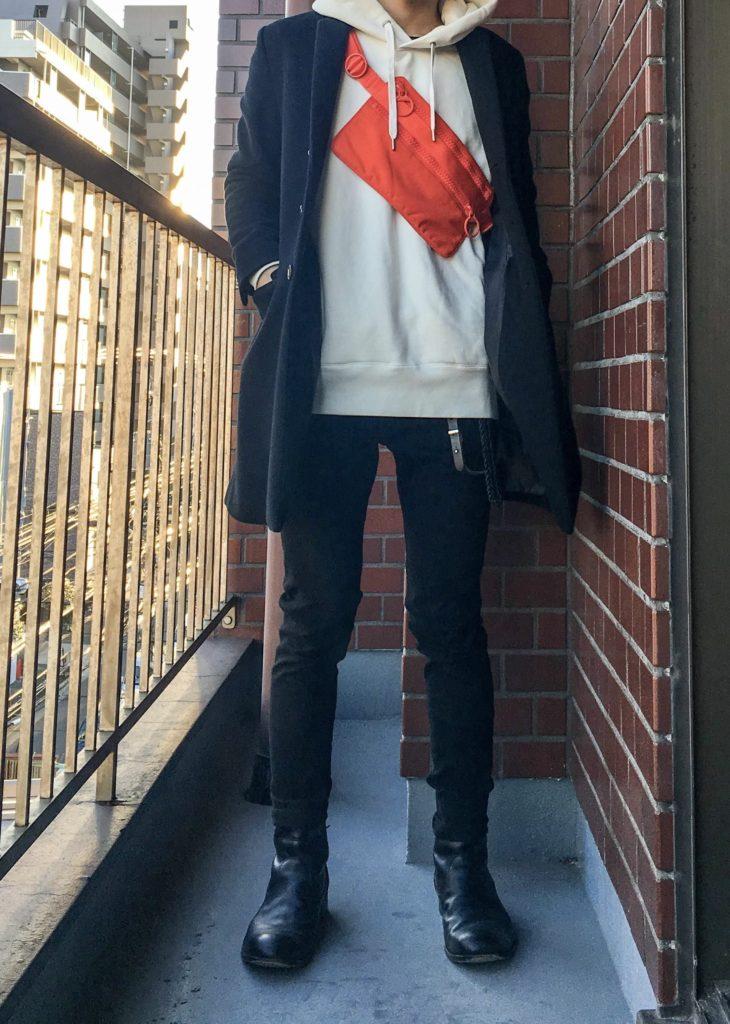 fb30cb1ff803 流行りに関係なく長く使いたいのなら、断然黒がオススメ。モノトーンやダークカラーの服装が多い方は思い切って派手な色味のカバンを選ぶのもありです。